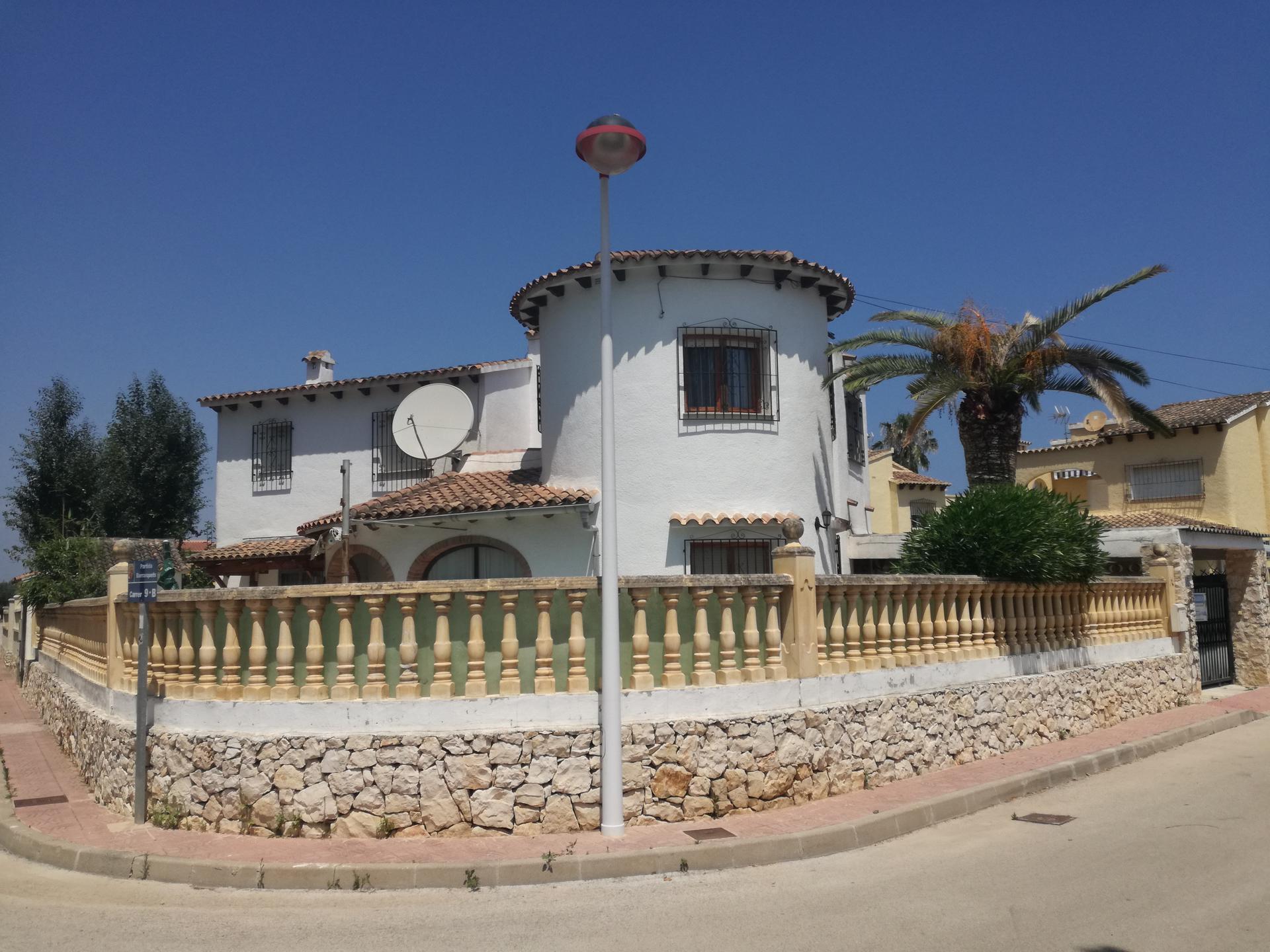 Villa -                                       Els Poblets -                                       3 Schlafzimmer -                                       8 Personen