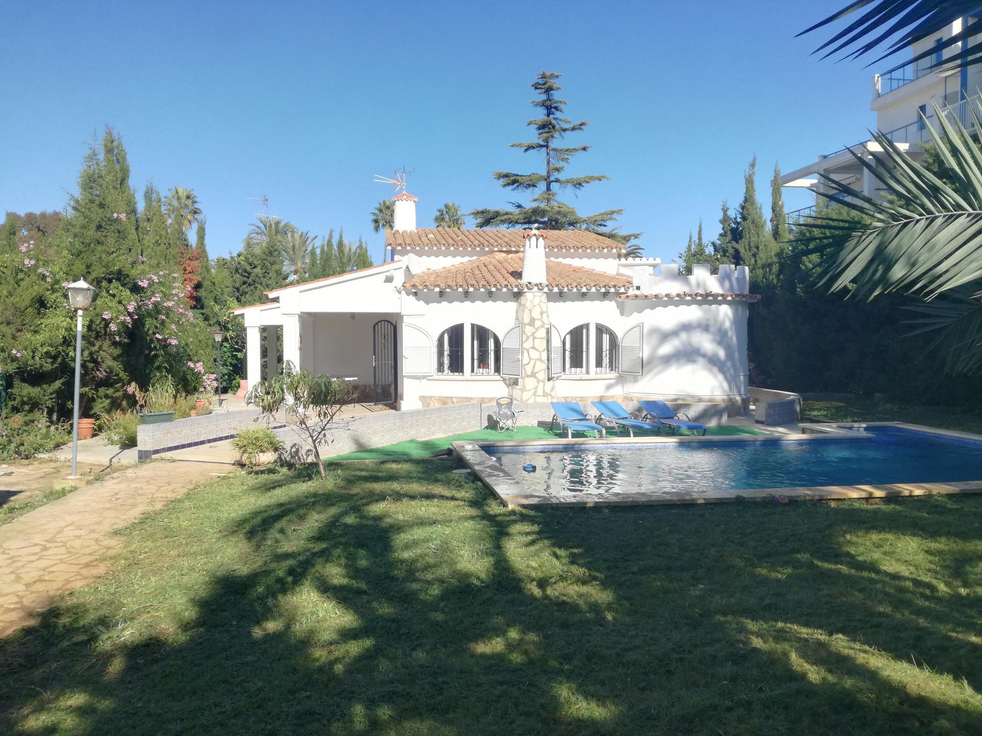 Villa -                                       Els Poblets -                                       2 Schlafzimmer -                                       8 Personen